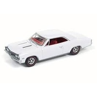 Autoworld 1:64 Aw 1967 Chevy Chevelle White